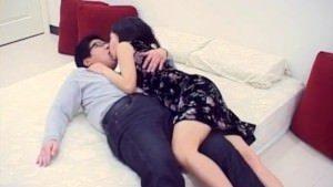 Image Japonesa safada e gostosa dando pro marido
