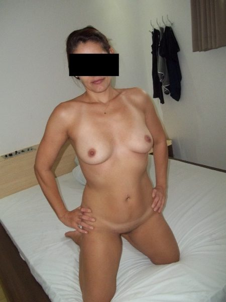 133-Raquel exibida no motel Caiunanet.ws
