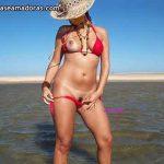 Fotos da esposa maravilhosa se exibindo pelada na praia