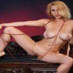Loira bucetuda pelada fotos porno da Isabella nua