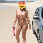 Coroa deliciosa pelada em praias desertas
